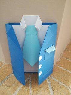 Χειροτέχνες εν δράσει...: DIY -  ευχετήρια κάρτα σε σχέδιο αντρικού κοστουμι...