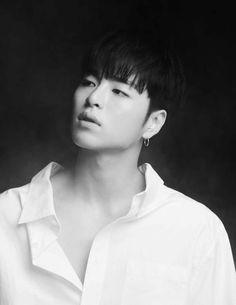 Excited for their upcomingunscheduled comebackk. Stream MVs for now. Ikon Junhoe, Ikon Kpop, Kim Jinhwan, Chris Brown, Ikon Members Profile, Yg Entertainment, Jiu Jitsu, Shinee, Park Bom