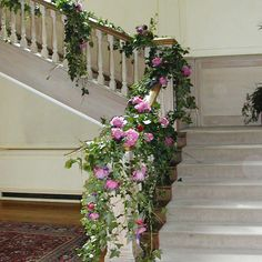 Wedding stairs flower arrangement (pink roses are not my thing, but I like the concept) Wedding Flower Pictures, Wedding Flower Inspiration, Wedding Ideas, Wedding Reception, Wedding Table Garland, Wedding Decorations, Romantic Flowers, Beautiful Flowers, Peter Pan Wedding