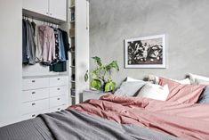 Des choix contemporains pour un appartement suédois