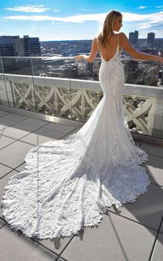 Sexy 3D Lace Wedding Dress with V-Neck and Beading - Martina Liana Wedding Dresses Wedding Dress Gallery, Elegant Wedding Dress, Dream Wedding Dresses, Designer Wedding Dresses, Bridal Dresses, Wedding Gowns, Lace Wedding, Mermaid Wedding, Wedding Happy