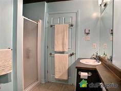 Salle de bain  # 499384 Duproprio.com Mirror, Bathroom, Furniture, Home Decor, Bath, Washroom, Decoration Home, Room Decor, Mirrors