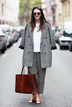 "What Wear - Is ""quirky"" not a dirty word where you work? Try mixing patterns, like checks and stripes, in classic cuts. Image courtesy of Stockholm Street Style Stockholm Street Style, Pattern Mixing, Pattern Matching, Wide Leg Trousers, Cropped Pants, Street Style Looks, Who What Wear, Casual Outfits, Work Outfits"