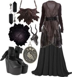 Since we have been collecting our favorite Halloween costumes every year. If you are looking for a costume idea, here you will find Witch Outfit. Dark Fashion, Gothic Fashion, Modern Witch Fashion, Pagan Fashion, Mode Rock, Witchy Outfit, Gothic Outfits, Alternative Fashion, Fashion Outfits