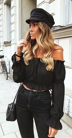 46 ideas for brunch outfit winter black tops Winter Mode Outfits, Nye Outfits, New Years Eve Outfits, Winter Fashion Outfits, Autumn Fashion, Outfit Winter, New Years Eve Outfit Ideas Casual Jeans, Everyday Outfits, Everyday Fashion