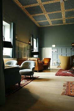 Inspirational images and photos of Living Rooms : Remodelista