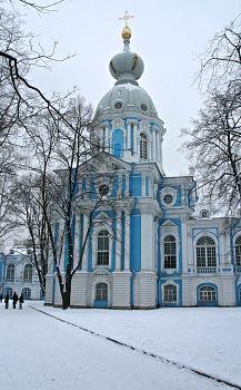 Saint Petersbourg Smolny hiver