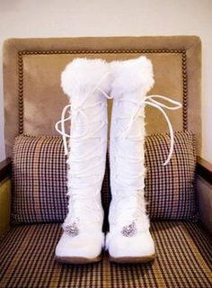 I don't think these winter wedding boots have any heels. Winter Wedding Boots, Winter Wedding Outfits, Winter Bride, Winter Wonderland Wedding, Winter Boots, Snow Wedding, Winter Weddings, Bridal Shoes, Wedding Shoes