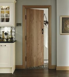 Our solid oak doors are an eye-catching feature that provide a traditional, rustic look. Custom Exterior Doors, Oak Interior Doors, Custom Wood Doors, Rustic Doors, Cottage Doors Interior, Cottage Style Doors, Cottage Windows, Exterior Design, Internal Cottage Doors