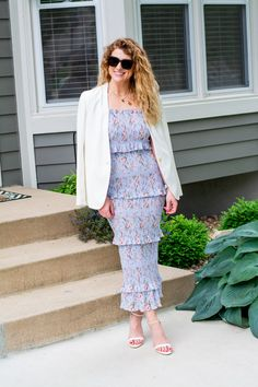 Periwinkle Smocked Floral Midi Dress + White Blazer.   Le Stylo Rouge Fashion Group, Fashion Photo, Only Fashion, Boho Fashion, Fashion Beauty, Girl Fashion, White Midi Dress, Floral Midi Dress, Stylish Outfits