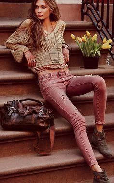 The only thing that makes Free People better is Karli Kloss in Free People. Pink destroyed jeans size 27