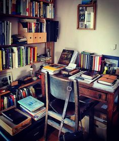 Who would have thought it? My full desk photo for May. Workspace Design, Home Office Design, House Design, Study Room Design, Writing Area, Desk Areas, Study Rooms, Book Nooks, Creative Home