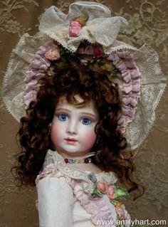 Small Halopeau - Emily Hart Dolls