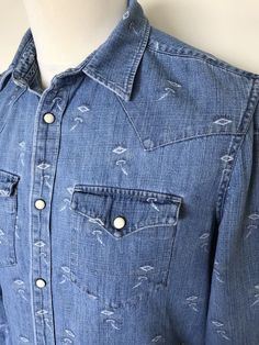 Men s ALL SAINTS Denim Shirt Small Slim Fit Light Washed Blue Geometric  Pattern 33c81692c846