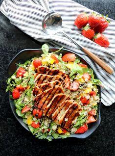 LINDASTUHAUG - det skal vere en opptur med sunn mat! Halloumi, Quinoa Salat, Mango, Comfort Food, Cobb Salad, Dinner, Healthy, Lettuce Recipes, Strawberries