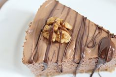 Chocolate mousse cake http://sweetsbyc.blogg.se/2015/august/chocolate-mousse-cake.html