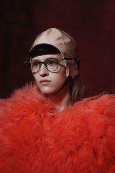 746d345bd6c1 1152 Best Sunglasses images in 2018 | Fashion Show, Gucci fashion ...