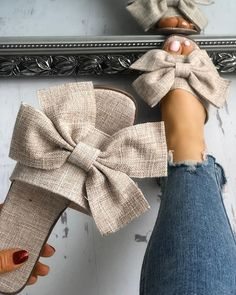 New Summer Fashion Cloth Bow Knot Women's Slippers Cute Sandals, Cute Shoes, Me Too Shoes, Flat Sandals, Trend Fashion, Fashion Shoes, Fashion Outfits, Spring Fashion, Fitness Video