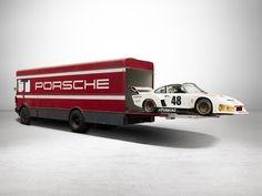 1977 Porsche 911 935 Racing Car with 1968 Magirus Deutz Transporter Porsche 911 Rsr, Porsche Truck, Vintage Racing, Vintage Cars, Pick Up, Vanz, Porsche Models, Car Carrier, Cars