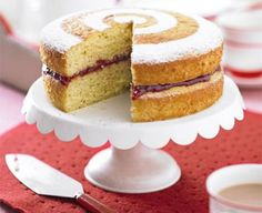 Healthier Victoria sandwich: The classic tea time sponge cake is given a healthy makeover to slash the fat by half without losing any of the taste. Sandwich Torte, Sandwich Recipes, Victoria Sponge Kuchen, Classic Victoria Sandwich, Sandwiches, Banoffee, Butter, Bbc Good Food Recipes, Yummy Recipes