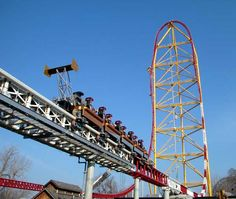 Top Thrill Dragster - Will I or won't I?  Did I or didn't I?  Have you seen this or been on this yet at Cedar Point?  Must see, must do.  AMAZING!