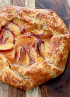 In a pie, the filling is the hero. In a tart however, it's all about the crust! Our rustic peach tart recipe is outstanding any way you slice it! Our rustic peach tart recipe has the most amazing crust on the planet—and the filling isn't bad either! Peach Tart Recipes, Sweet Recipes, Peach Galette Recipe, Crostata Recipe, Peach Recipes Breakfast, Recipes With Peaches, Nectarine Recipes, Passionfruit Recipes, Apple Galette