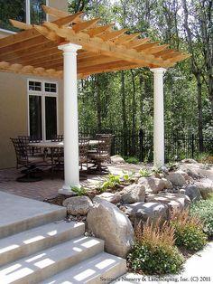 pergolas y exteriores jardn patios patio trasero patio patio extendedora de hormign hoguera vallas de jardn hormign de