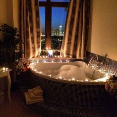 Candle lit bubble bath jaccuzi yes please! Interior And Exterior, Interior Design, Relaxing Bath, Dream Bathrooms, House Goals, Humble Abode, Luxury Life, My Dream Home, Future House