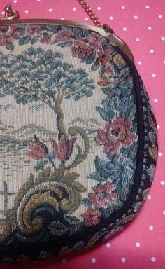Petit sac style victorien - 50 % Victorian Fashion, Coin Purse, Purses, Bags, Etsy, Pouch, Unique Jewelry, Handbags, Handbags