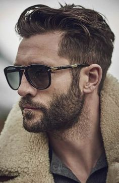 Men's Textured Quiff Hairstyle