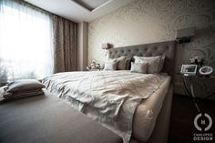 Wallpaper Ideas for Bedrooms that Will Give A Fresh Air to Your Rooms Loudest comeback? Certainly, a great return wallpapers! Ceased to be associated with . Master Bedroom, Bedroom Decor, Decorating Bedrooms, Lounge, Interior Design, Penthouse, Modern, Inspiration, Furniture