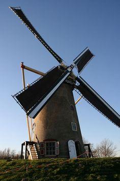 Goedereede molen Windvang draaiend.jpg
