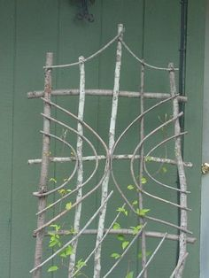 twig garden art trellis. Want to make this and a ladder shelf too.