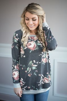 On My Level Floral Top ~ Charcoal – The Pulse Boutique