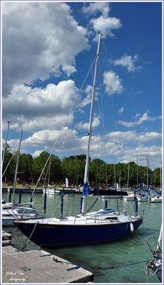 meviti :Kikötő   Lake Balaton, Hungary Most Beautiful, Beautiful Places, Hungary, Budapest, Sailing Ships, Boats, Travel, Viajes, Boating