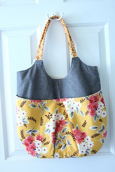 a new go anywhere tote by randi @ i have to say..., via Flickr