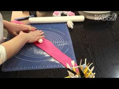 How to make a standard gumpaste peony. This tutorial has been split into 2 parts. If you struggle to make a peony or don't have the time you can purchase the. Gum Paste, Fondant, Cake Decorating, Tableware, Youtube, Peony, Tao, Decorations, Dinnerware