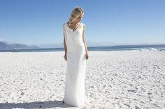 Rembo Styling wedding dresses and bridal gowns - Dixit  Vanaf eind september bij ons in de winkel!  Compagne Bruidsmode Hardenberg