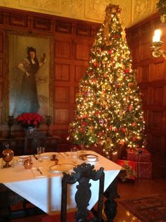 This tree is located in the Oak Sitting Room, on Biltmore's second floor between the bedroom of Mr. Vanderbilt and the bedroom of Mrs. Vanderbilt.  The couple often shared breakfast here.