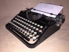 Antike Schreibmaschine Klein-Continental Wanderer um 1936 mechanical typewriter