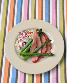 This breezy Easter meal includes all the classics and is a cinch to pull off.   main Bourbon-Glazed Ham side Smashed Potatoes Steamed Asparagus dessert Frozen Mocha Toffee-Crunch Terrine Serves 8 to 10