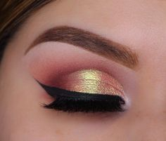 This festive creation is a seasonal stunner! Brown and red eyeshadows bring warmth to the look, and a spritz of [...]