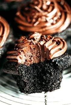 Healthy chocolate desserts, featuring 14 of the most delicious healthy chocolate dessert recipes you may want to indulge in! #healthy, #chocolate, #desserts, #healthychocolatedesserts, #healthydesserts, #healthydessertsrecipes, #dessertrecipes,