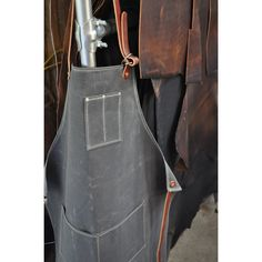 man's apron. Shop Apron, Work Aprons, Man Crafts, Leather Apron, Aprons For Men, Waxed Canvas, Work Attire, Free Sewing, Leather Backpack
