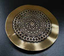 Western Round Wavy Flower Floral Design Classy Belt Buckle Boucle de Ceinture Western Belt Buckles, Flower Fashion, Aztec, Floral Design, Decorative Plates, Classy, Tableware, Flowers, Ebay
