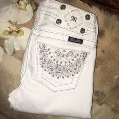 ⚜MISS ME CAPRI FOR GIRLS⚜ IN EXCELLENT LIKE NEW CONDITION USED ONCE  Miss Me Shorts