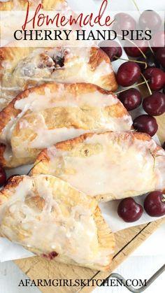 Cherry Hand Pies, Homemade Cherry Pies, Homemade Pie, Fruit Hand Pies, Thanksgiving Recipes, Fall Recipes, Pie Crust Recipes, Pie Fillings, Pie Crusts