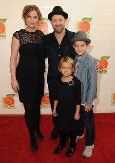 Jennifer, Kristian and Kristian's children at the 34th Annual Georgia Music Hall of Fame Awards.