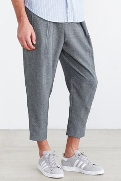 Your Neighbors Keris Pleated Cropped Pant - Urban Outfitters