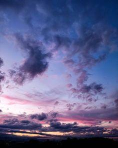 ちょっとだけ夕焼け  #空 #夕焼け #夕陽 #夕暮れ #雲 #風景 #ダレカニミセタイソラ #写真好きな人と繋がりたい #空好きな人とつながりたい #duck #cloudy #sunset #twilight #Instagram #japan #landscape #cloudscape #sky #clouds #cloudporn #igers #igersjp #sky_captures #sky_sultans #sky_masters_family #ptk_sky #sky_collection #best_skyshots #jj_skylove #super_photosunsets